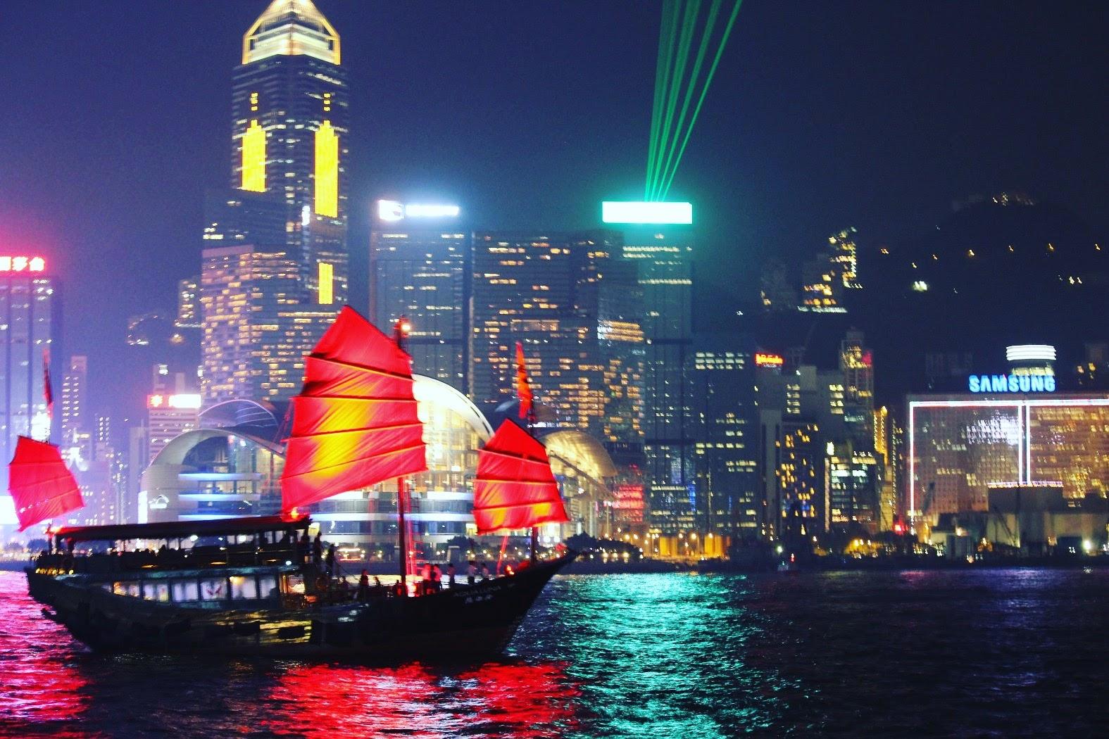 【香港】100万ドルの夜景はどこから見るべき?おすすめスポットを徹底解説!