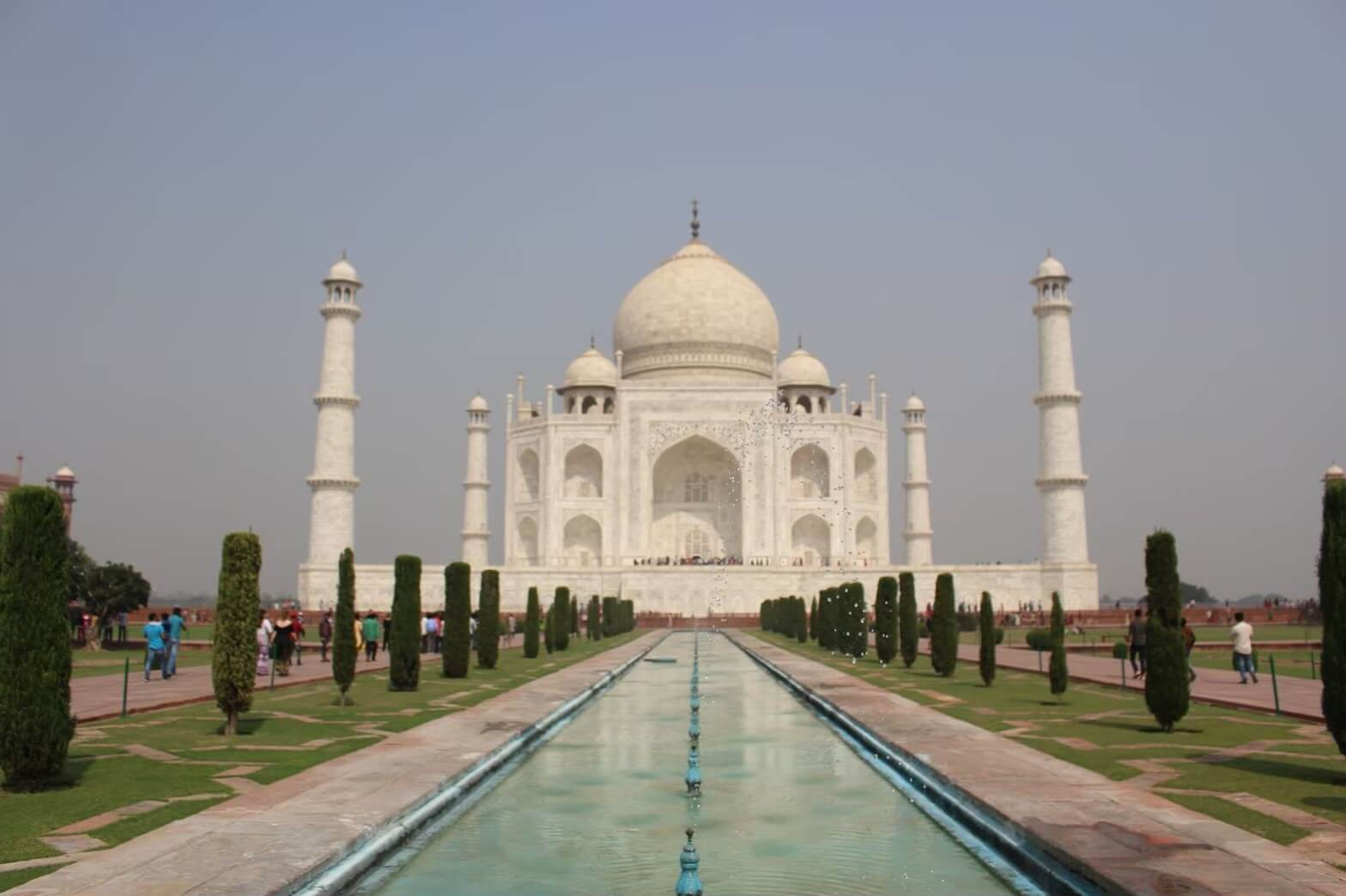 【皇帝が愛した妃のお墓】インドの国宝タージマハルを観光!